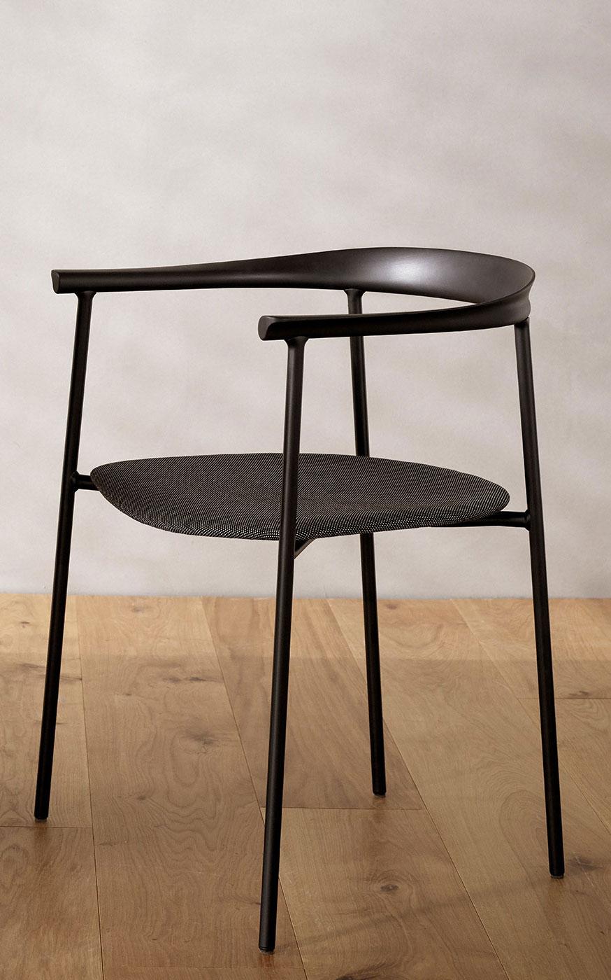 Stuhl mit grünem Anspruch von Depping & Jørgensen für Takt