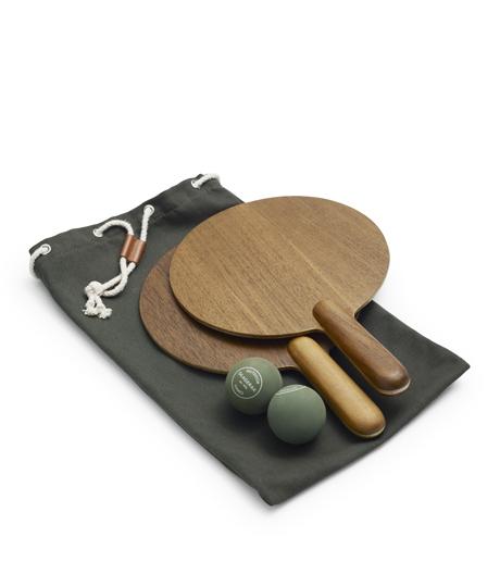 Spiel, Satz und Sieg: Beach Tennis-Set von Aurélien Barbry für Skagerak.
