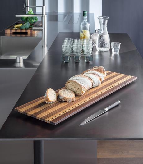 Küchenaccessoires aus massivem Holz von Girsberger