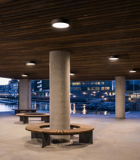 Robuste Leuchte von SG für Hauseingänge, Balkone und Terrassen