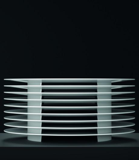 Porzellan meets Bauhaus: Tellerentwurf von New Tendency für KPM Berlin.