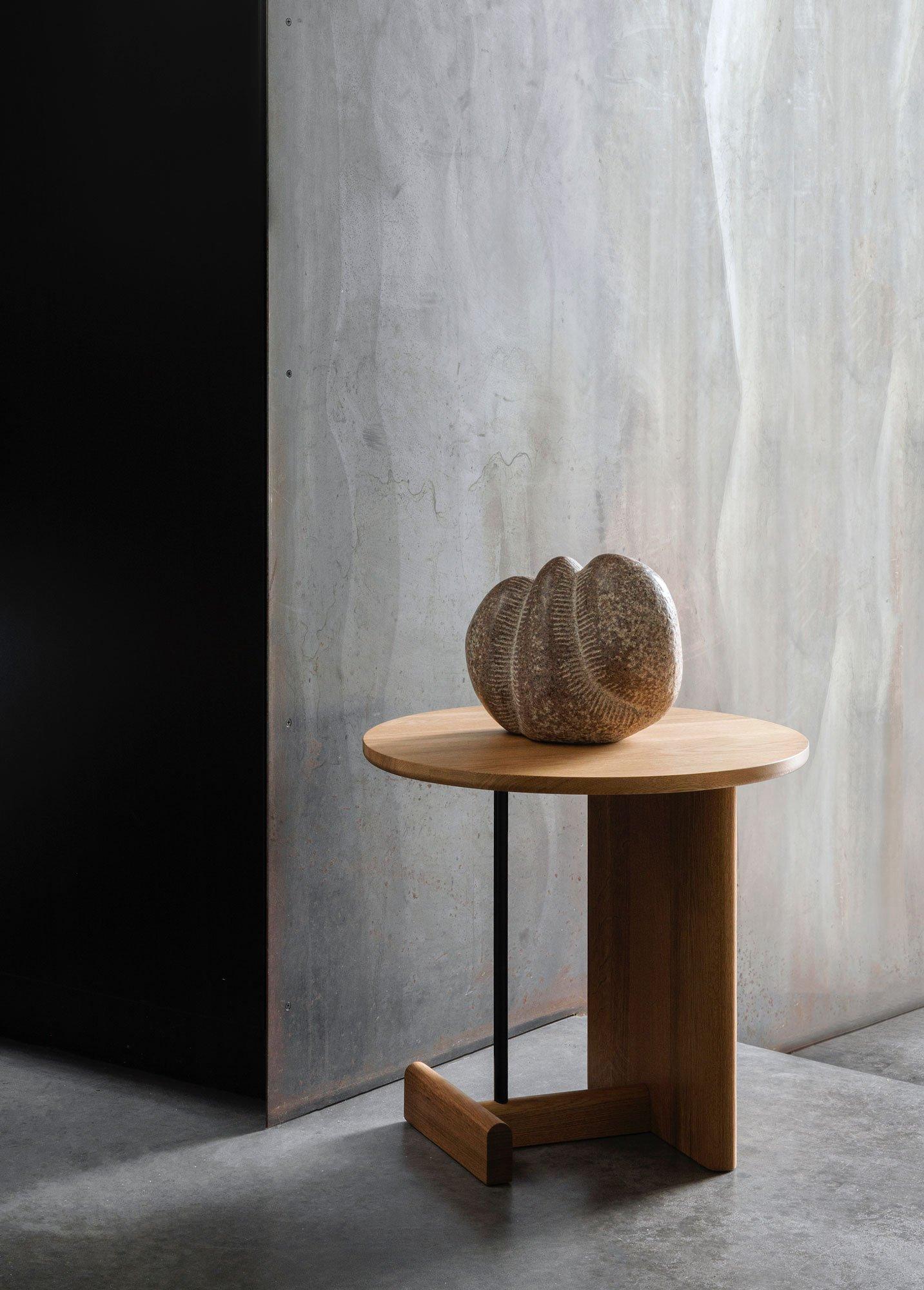 Fernöstlich inspirierte Beistelltische von Norm Architects für Fogia