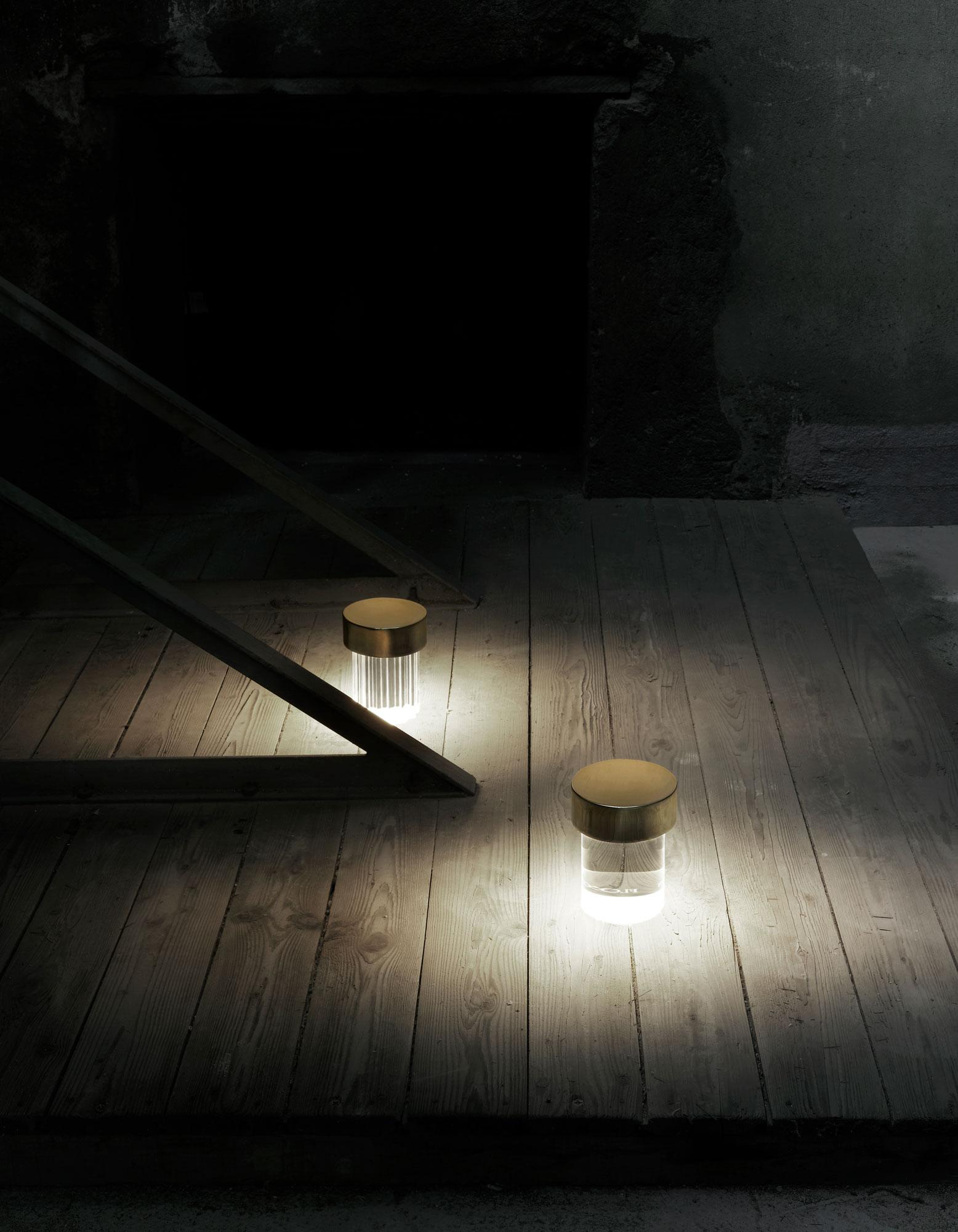 Mobile Tischleuchte von Michael Anastassiades und Flos