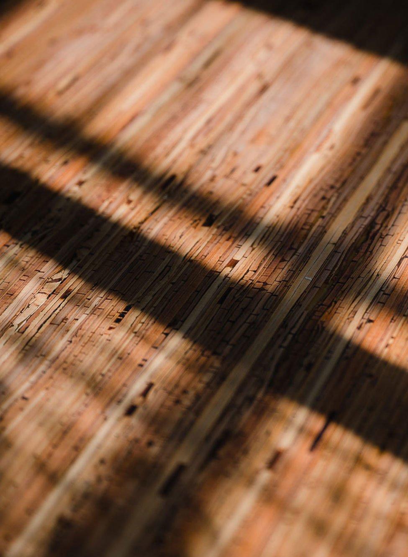 Einzigartiges Oberflächenmaterial aus Birkenrinde von Nevi