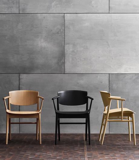 Der neue Stuhl von Nendo für Fritz Hansen ist ein Puzzle aus 23 Holzteilen.