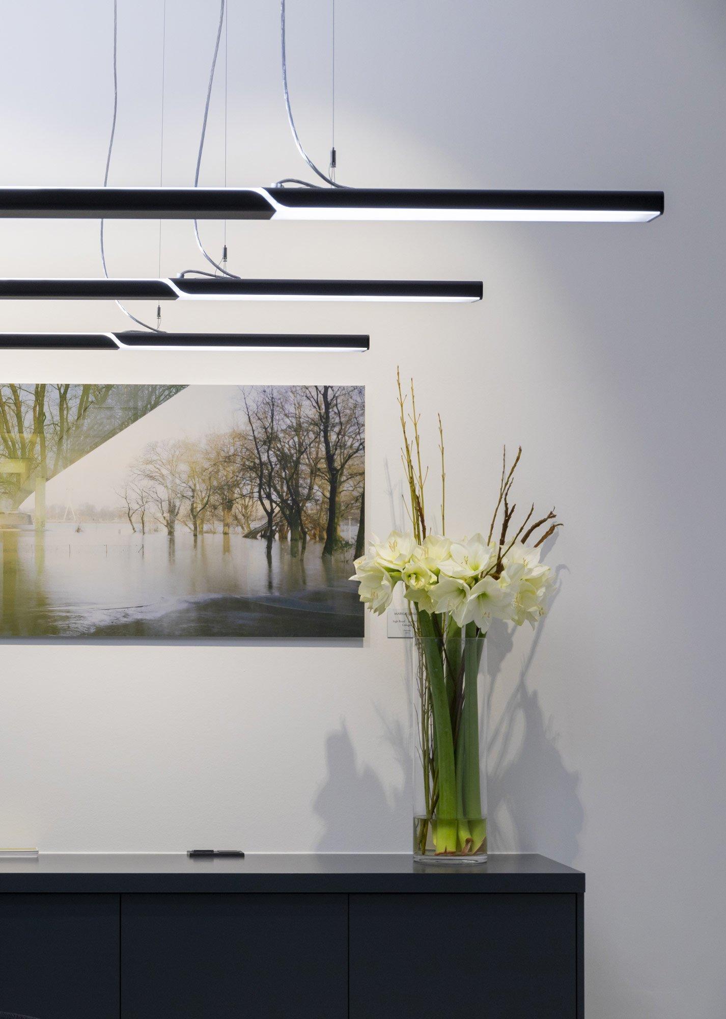 LED-Hängeleuchte für zeitgenössische Architekturkonzepte von TRILUX