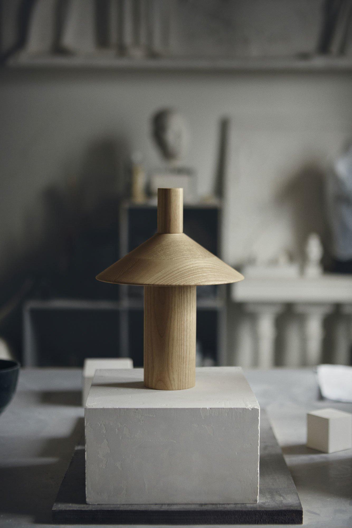 Mobile Tischleuchte aus Eschenholz von Francesco Faccin für Astep