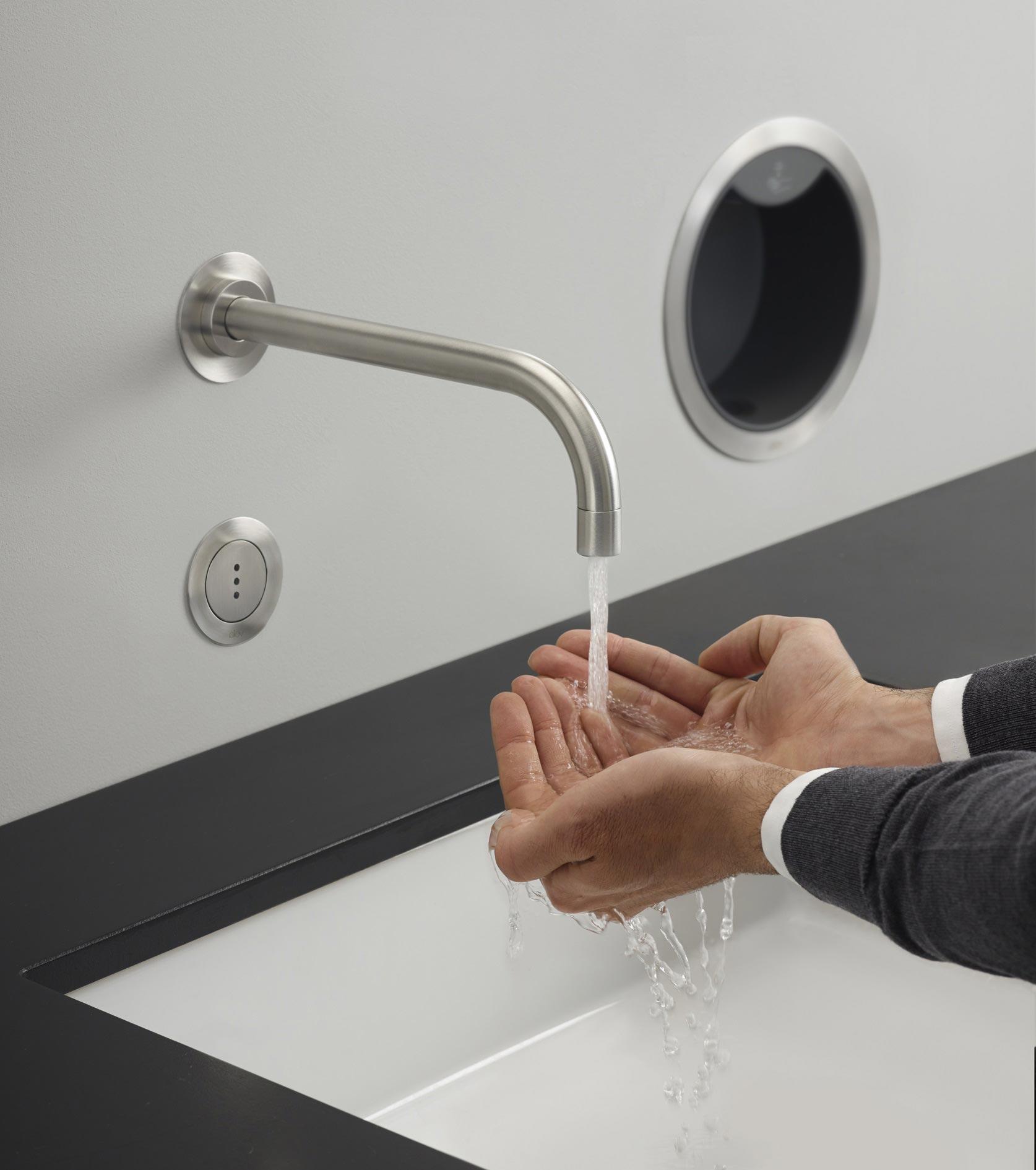 Sensorgesteuertes Händewaschen mit Vola