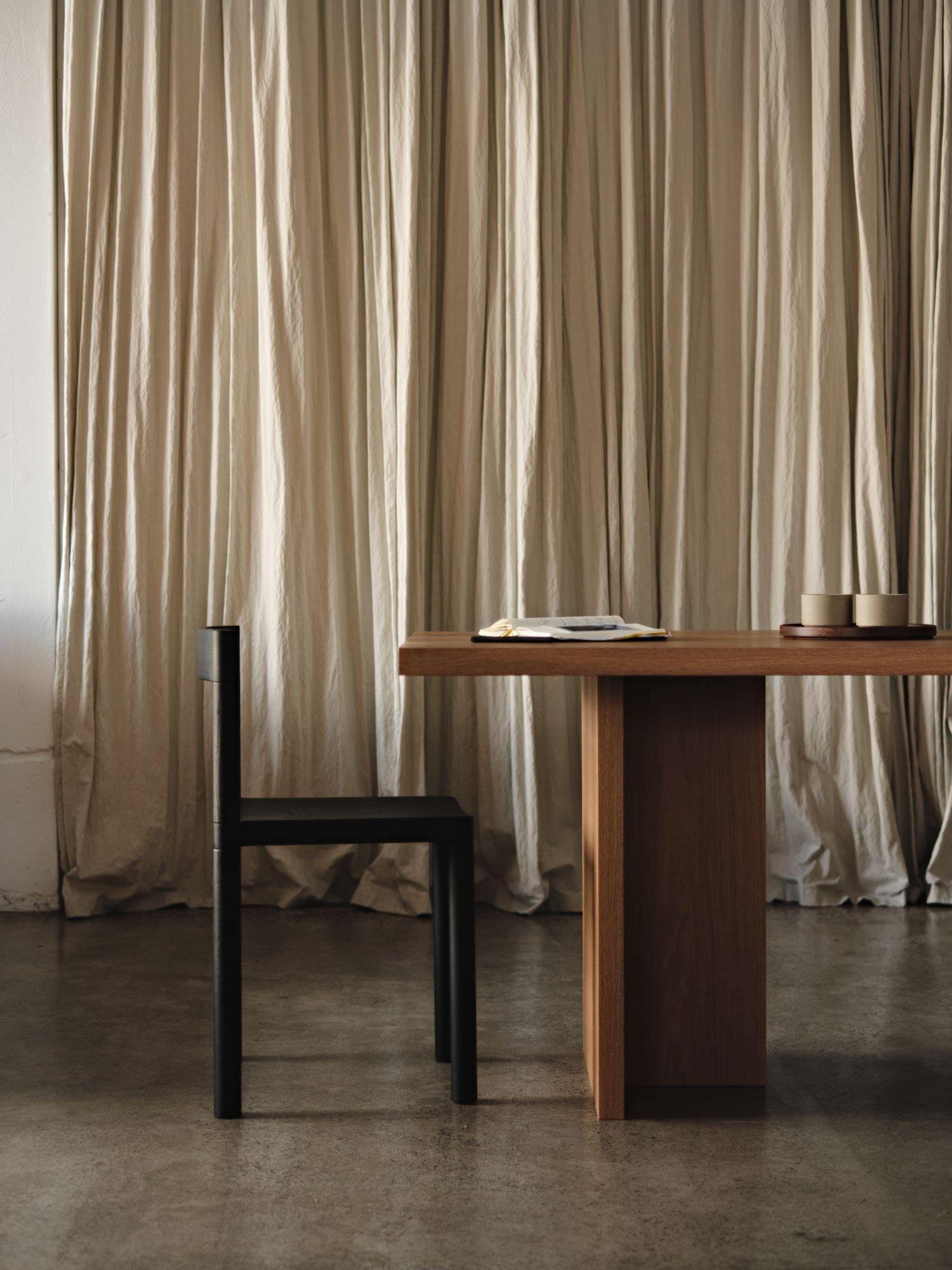 Stapelbare Stuhl- und Barhockerkollektion von Léonard Kadid für Resident