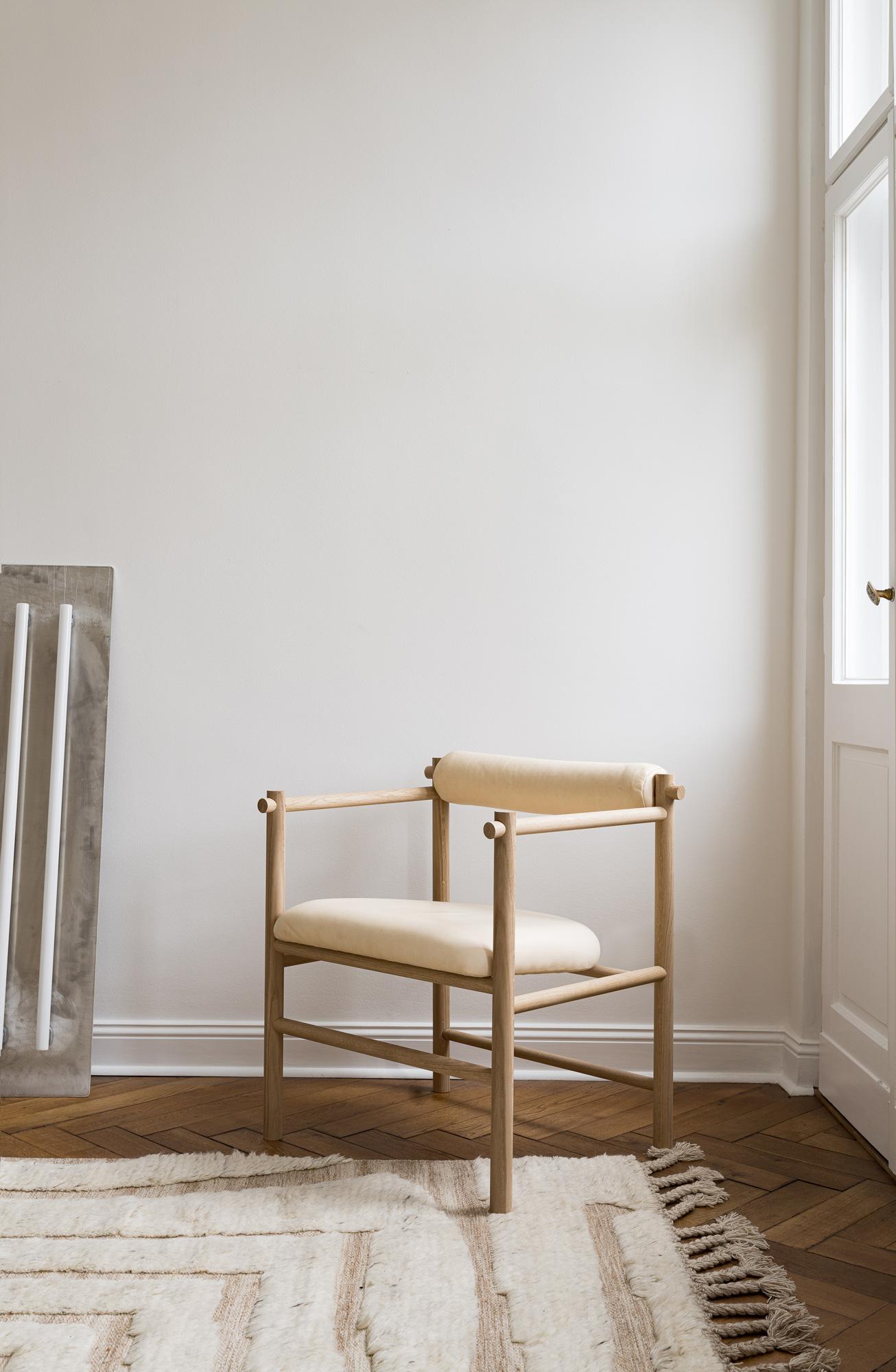 Nachhaltiges, vielseitiges Sitzmöbel von Nutsandwoods