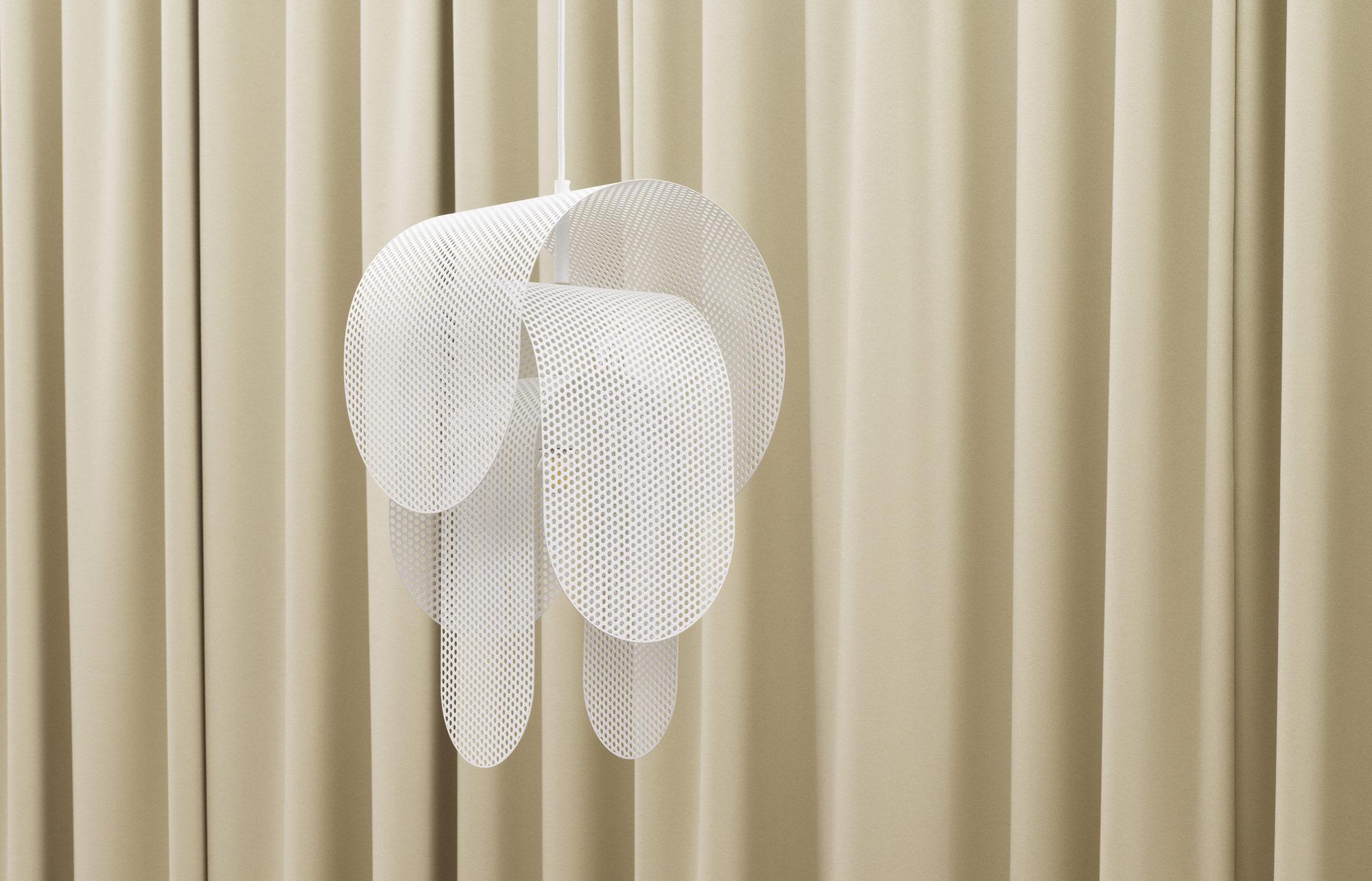 Skulpturale Leuchte von Frederik Kurzweg für Normann Copenhagen