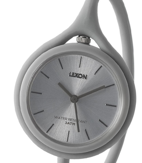 Spiel, Spaß und Zeitanzeige: Diese Silikonuhr von Mathieu Lehanneur für Lexon passt sich jeder Tragesituation an.