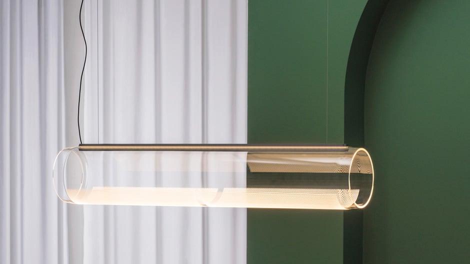 Immaterielles Licht: Die Leuchtenkollektion von Stefan Diez für Vibia überrascht mit magischen Effekten