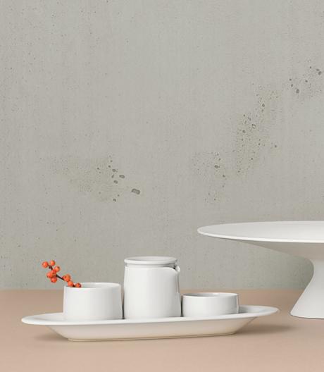 In Paris stellen Alfredo Häberli und die Porzellanmanufaktur Fürstenberg eine komplett neue Geschirrform vor.