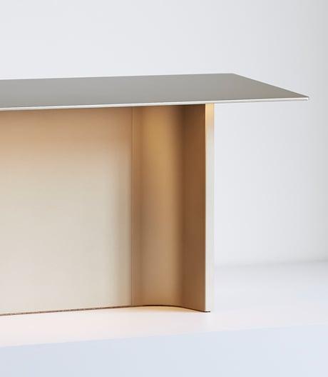 Tischleuchte des norwegischen Designers Daniel Rybakken für Luceplan