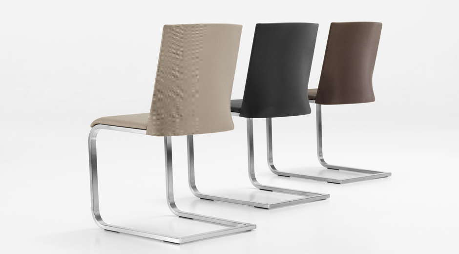 Girsberger präsentiert einen Stuhl mit Hightech-Bespannung