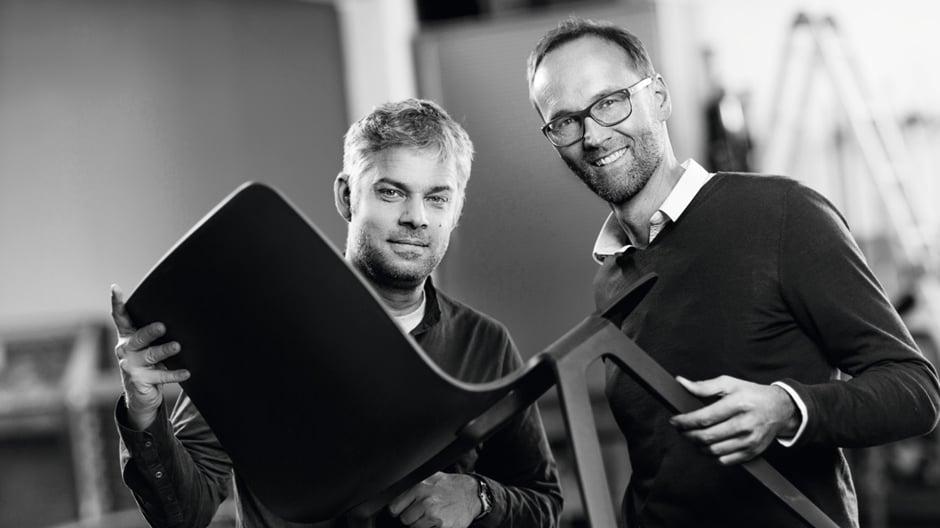 Das Stuttgarter Duo im Interview über den perfekten Stuhl, den es nie geben wird