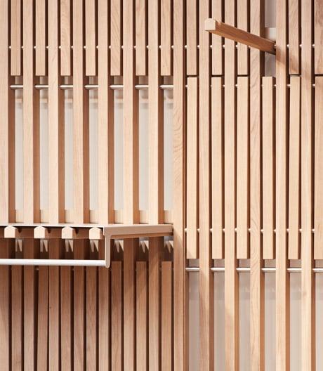 Dieses Shopsystem von Francis Kéré spielt mit der Vertikalen.
