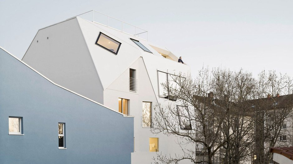 Metamorphose eines Dreißigerjahrebaus in Stuttgart – von g2o Architekten