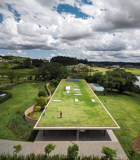 Zuhause in seinen fünf Wänden: Wohnhaus des brasilianischen Architekten Marcio Kogan.