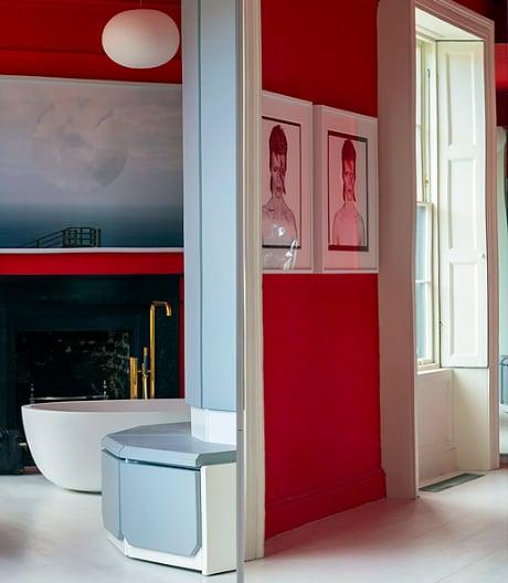 Zähne putzen mit Ziggy Stardust: Einfamilienhaus in Dublin.