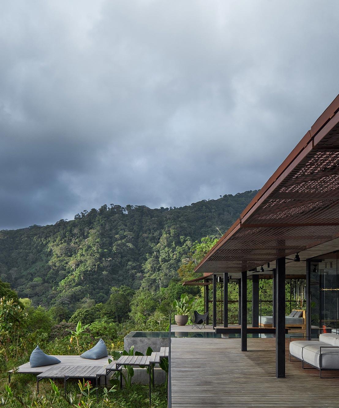 Urlaubsensemble von Formafatal zwischen Küste und Tropenwald