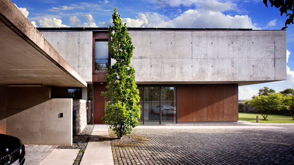 Wohnhaus in Mittelfranken im Einklang mit der Natur und auf technisch höchstem Niveau