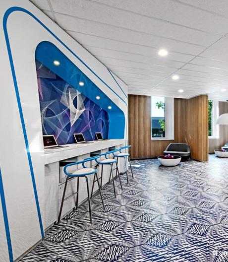Karim Rashids Designwelt in einem St. Pauli-Hotel