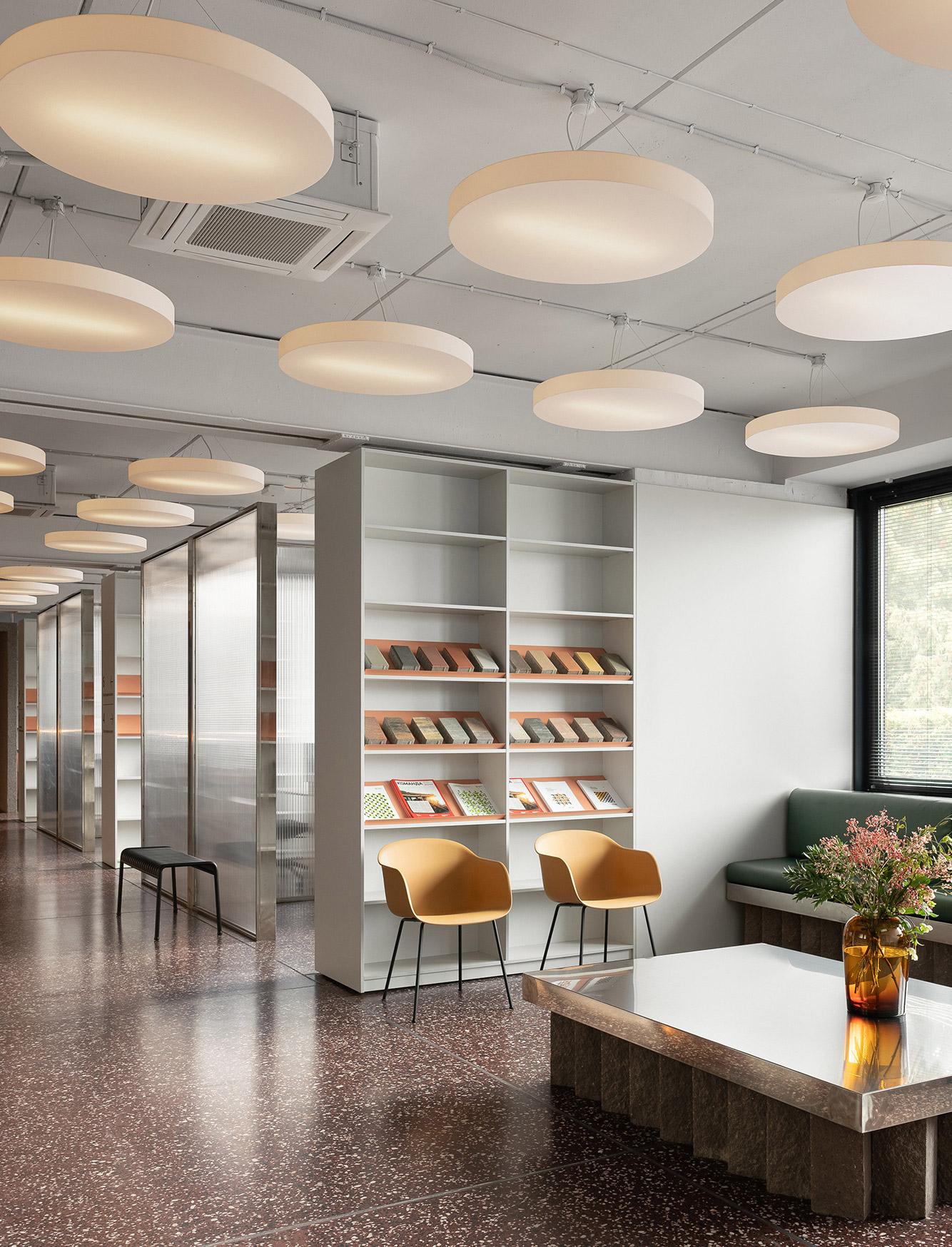 Büroausbau von Artem Trigubchak und Lera Brumina