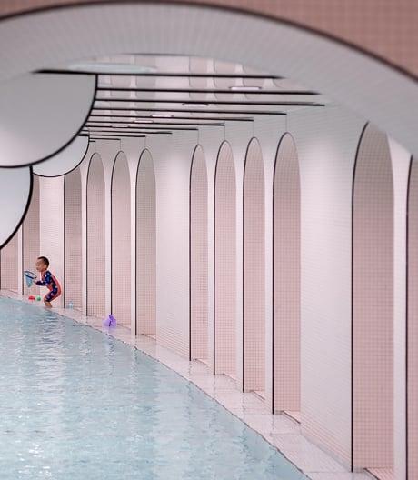 Märchenhafte Bade- und Sportoase: der Loong Swim Club in Suzhou des Shanghaier Studios X+Living.
