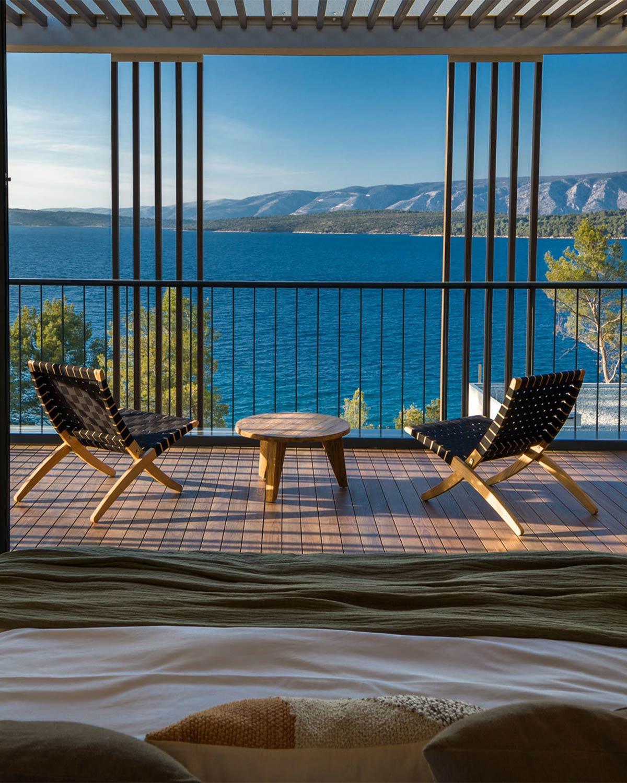 Naturverbundenes Hotel-Interior in Kroatien