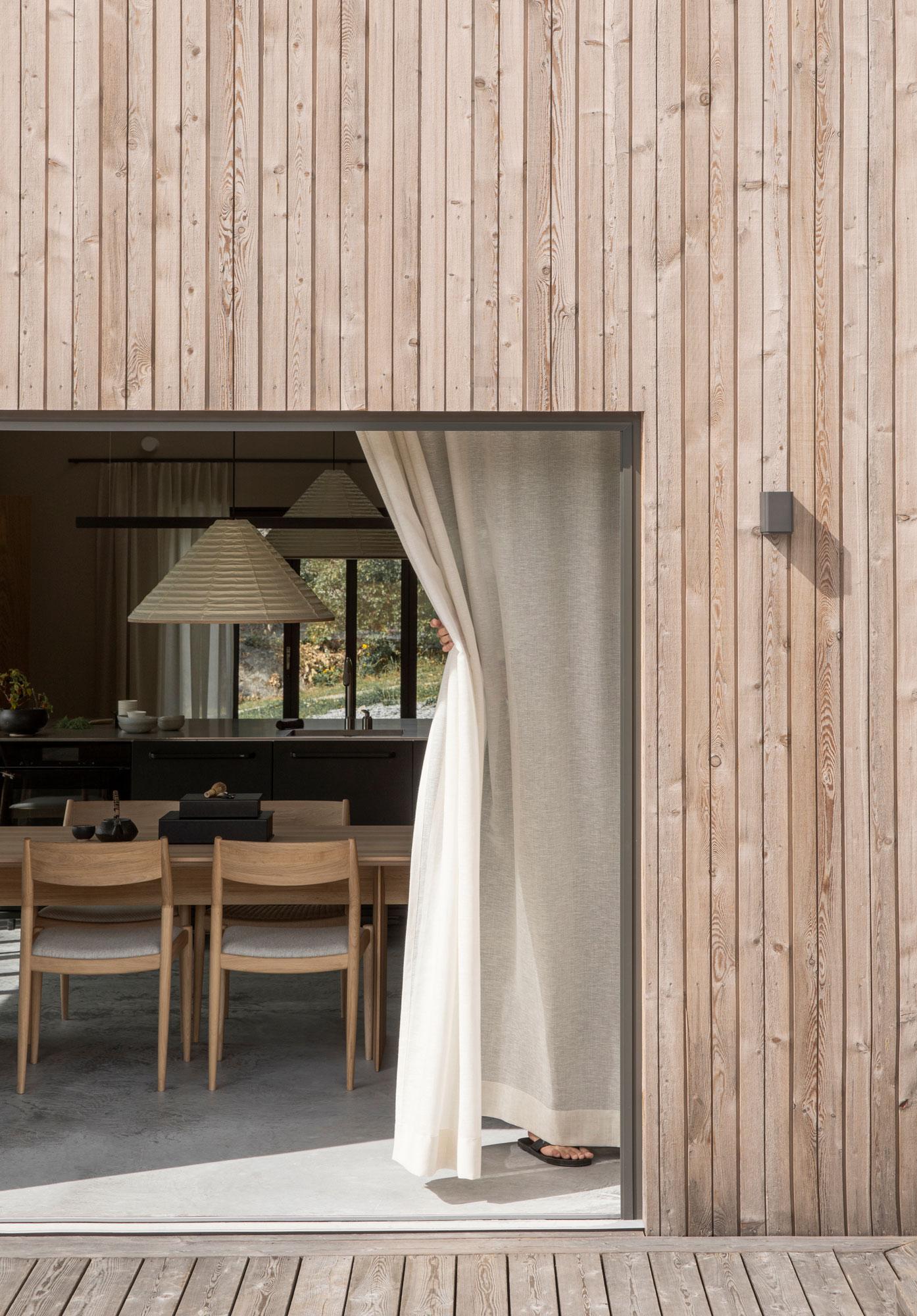 Schwedisches Sommerhaus von Karimoku Case Study