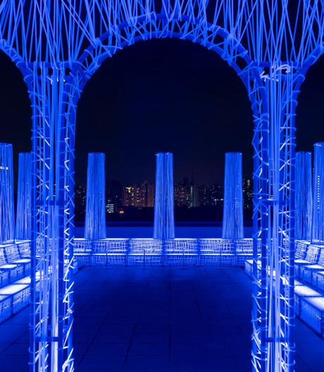 Dialog zwischen Realität und Vergangenheit: Alberto CaiolasDachterrassenbar Nyx in Shanghai.
