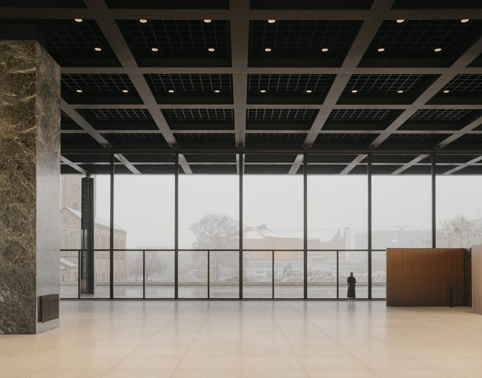 Rundgang durch die sanierte Neue Nationalgalerie in Berlin
