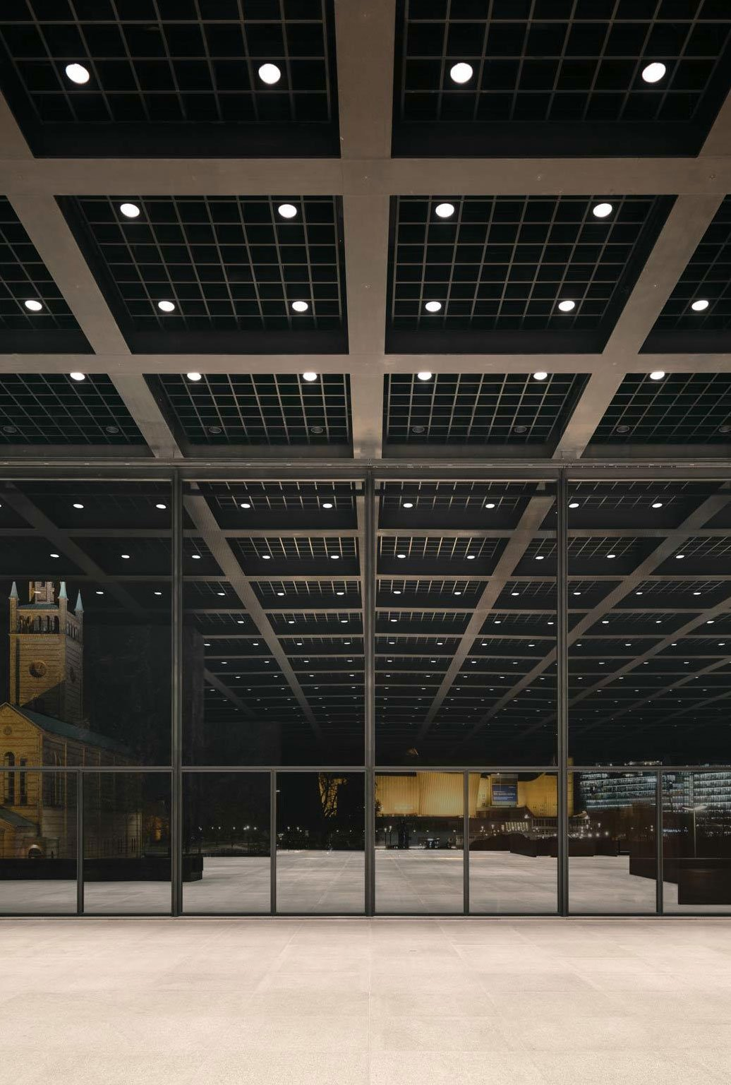 Denkmalgerechte Beleuchtung der Neuen Nationalgalerie von Arup