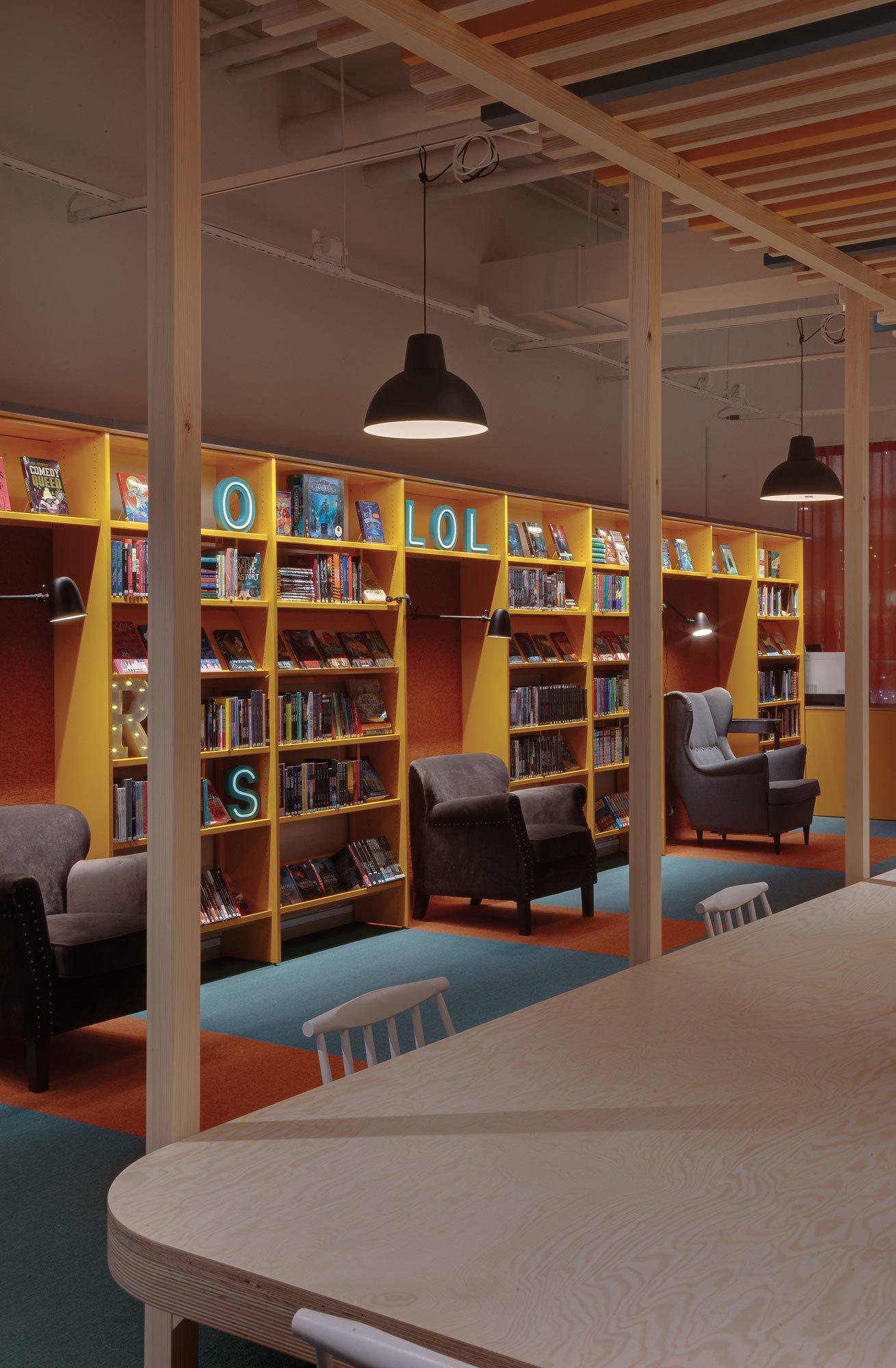 Gestaltung einer Bibliothek mit Teppichen von tretford