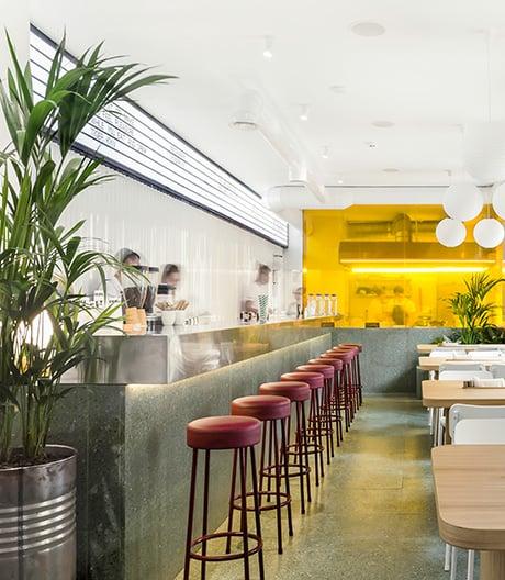 Kiewer Asia-Restaurant von Shovk Studio