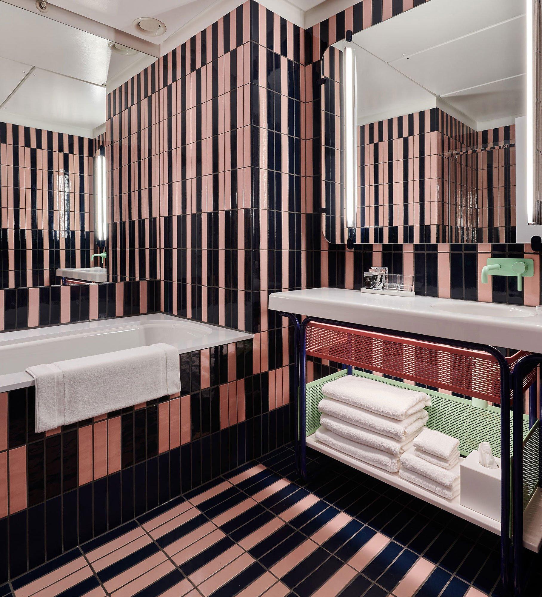 Mit Bette auf Zeitreise im Standard Hotel London