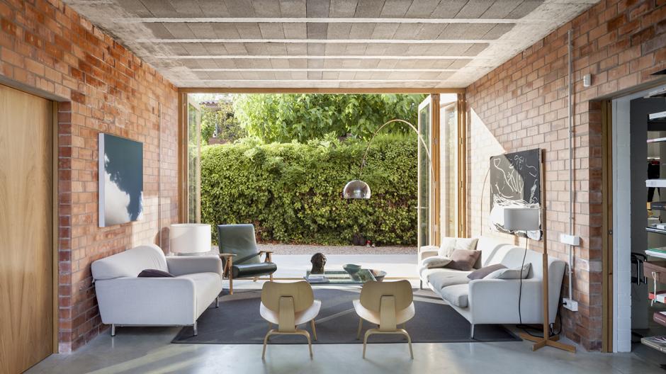 Ungewöhnliches Einfamilienhaus von Harquitectes in Nordspanien