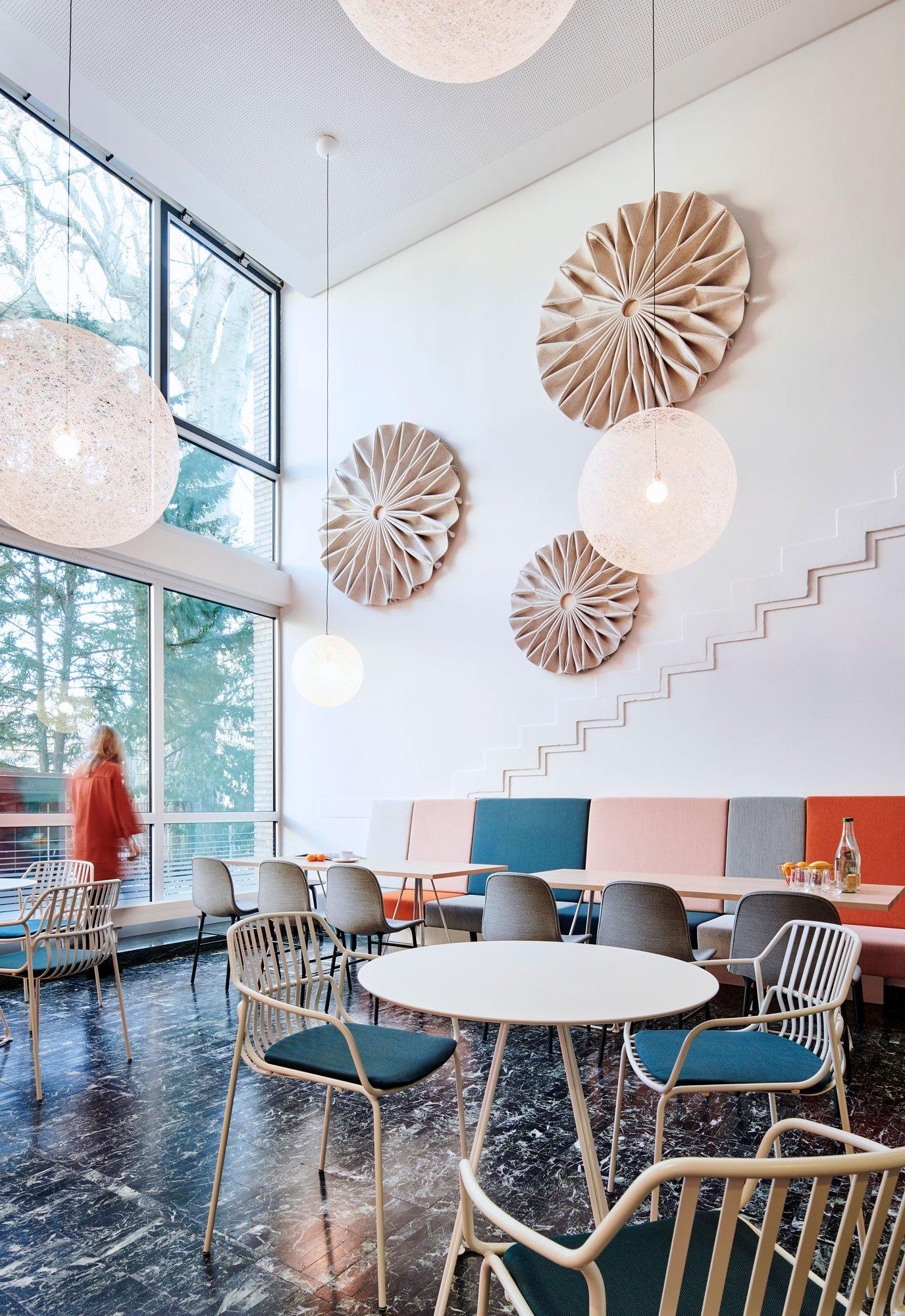 Neugestaltung eines Institutsgebäudes von brandherm + krumrey