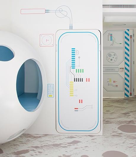 Studio PlayOffice lässt kleine Patienten als Astronauten durch ihre Therapie reisen