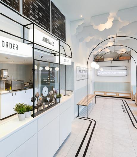 Bahnhofshalle, Bahnsteig und Waggon: ein traumhaft-unwirkliches Eiscafé in Covent Garden.