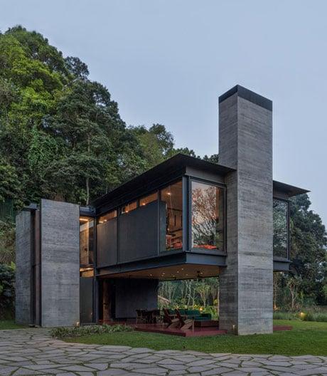 Schwebende Villa in den Hügeln von Rio de Janeiro