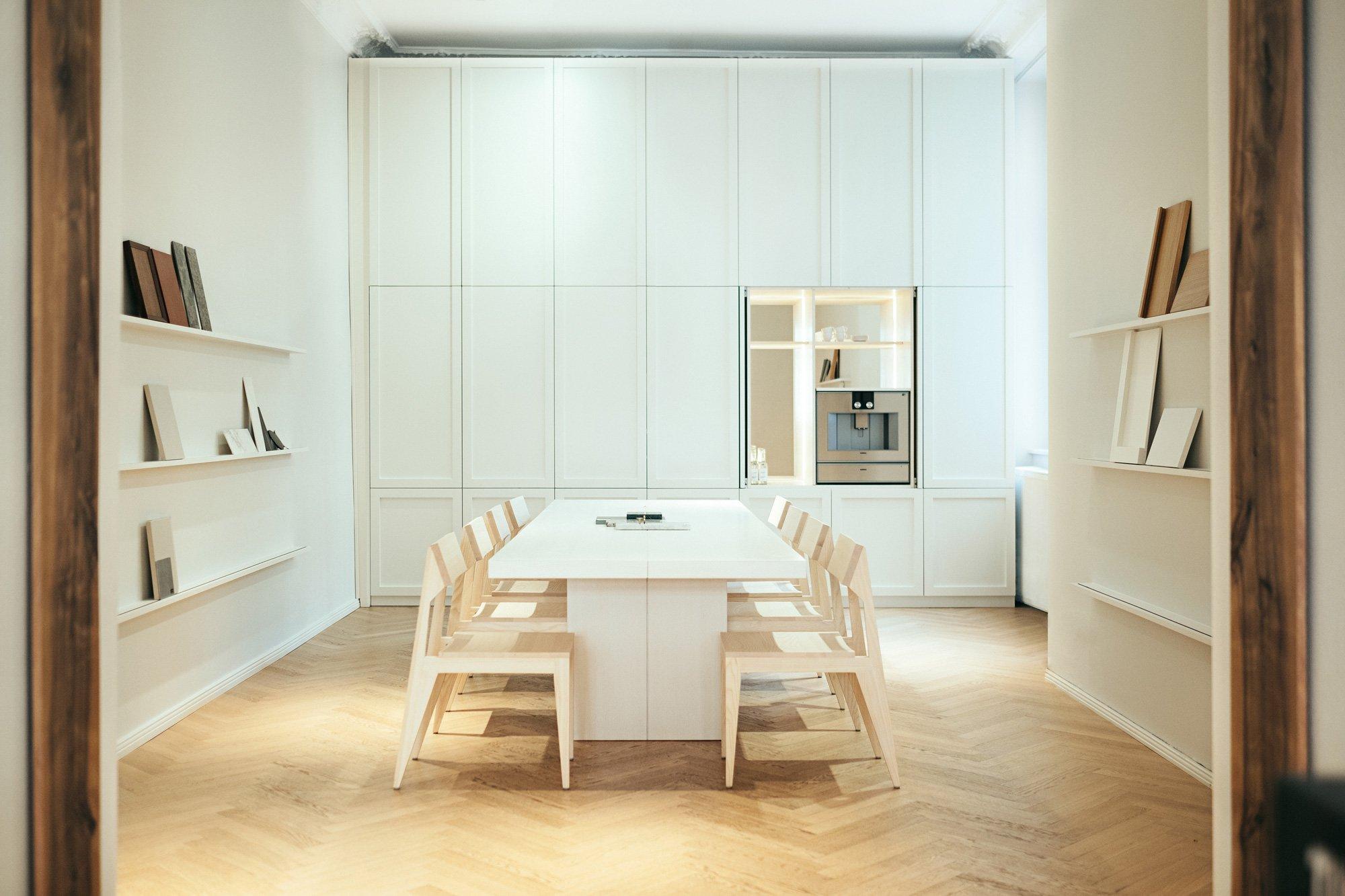 Tischlerei- und Studiobesuch bei Der Raum in Weißensee