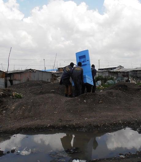 Vom Umweltgift zum Wertstoff: Wie EOOS unsere Toilette revolutioniert.