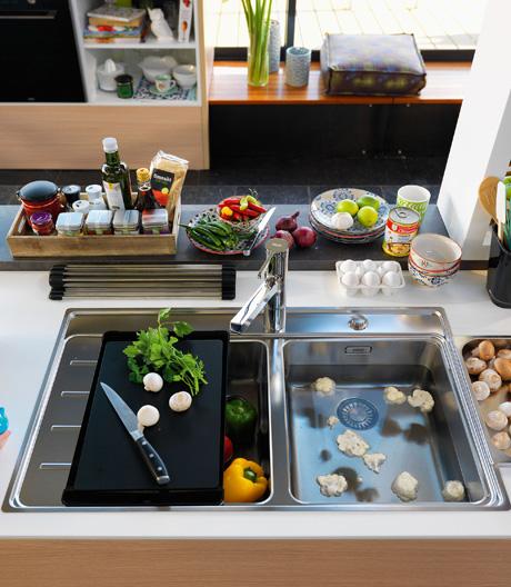 Frei kombinierbar und einheitlich gestaltet: Modulares Küchengerätesystem von Franke.