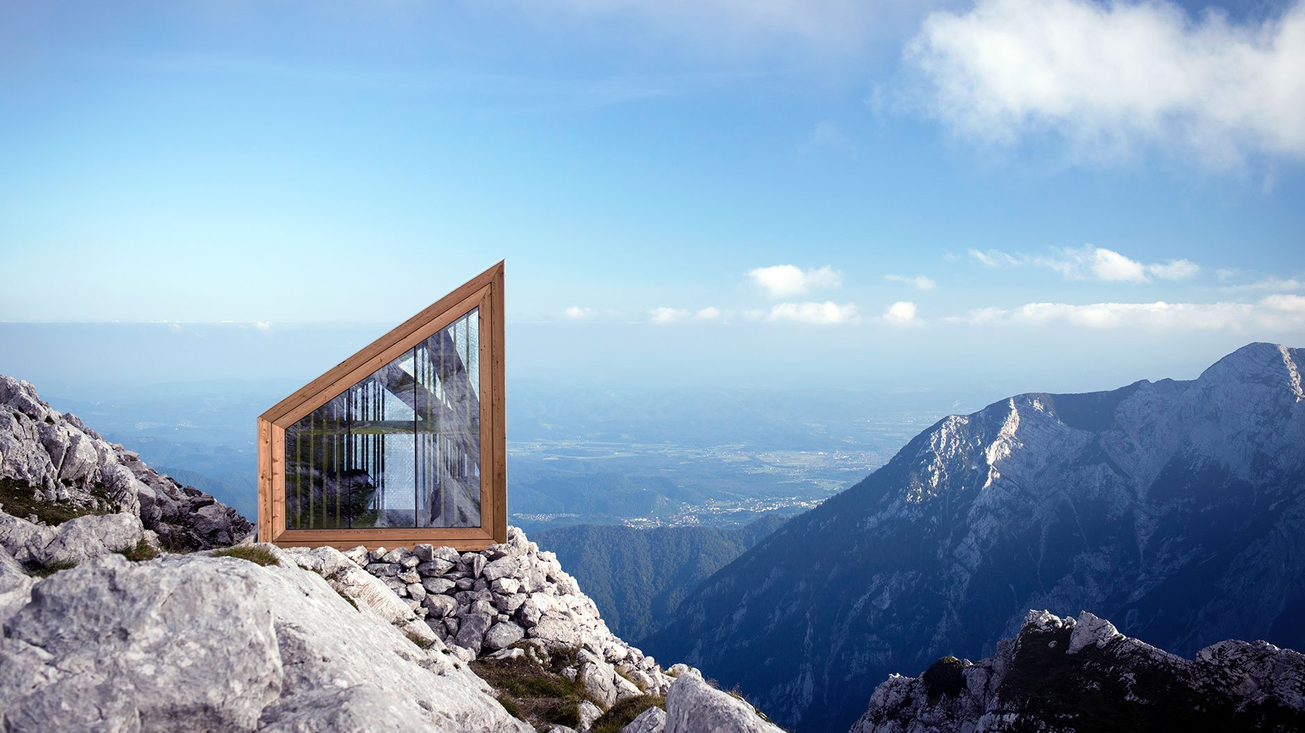 Spektakuläre Biwakarchitektur im Hochgebirge