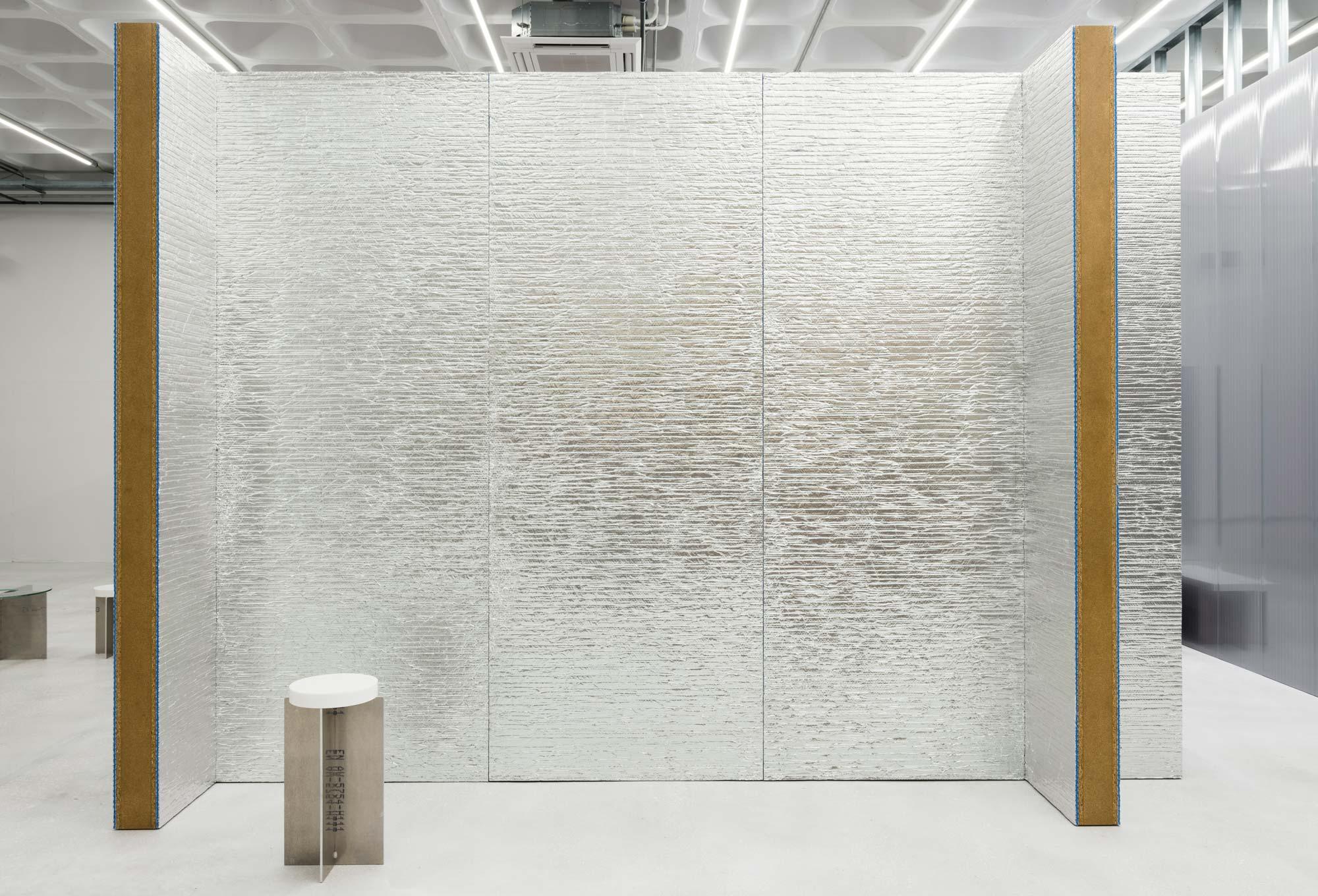Interiors mit Aluminium, Stahl & Co