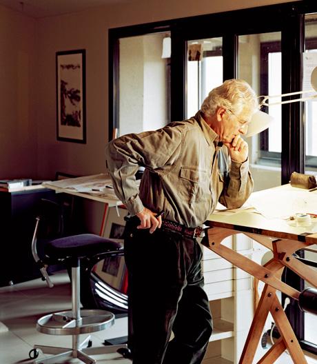 Über den 2009 verstorbenen Designer und den posthumen Erfolg seiner frühen Entwürfe
