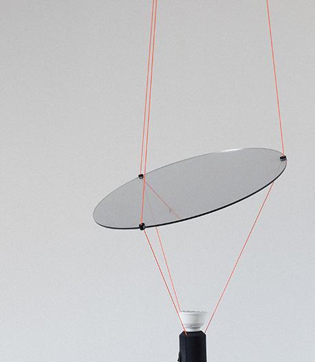 In der Schwebe: Lichtobjekt von Manuel Amaral Netto.